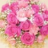Aranjament floral Love is in the air! de exceptie. Comanda flori online